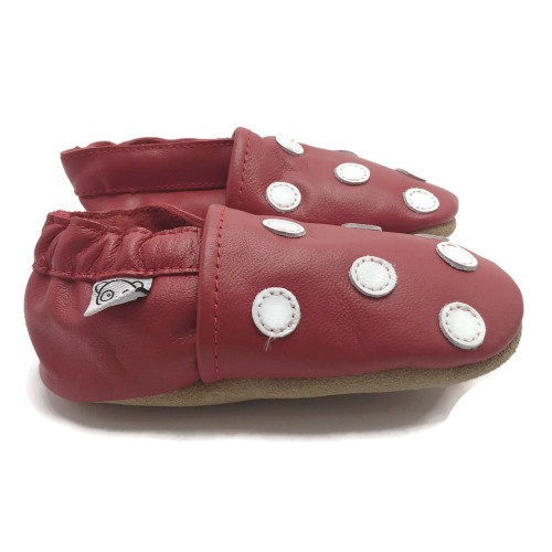 red-dot-shoes-3
