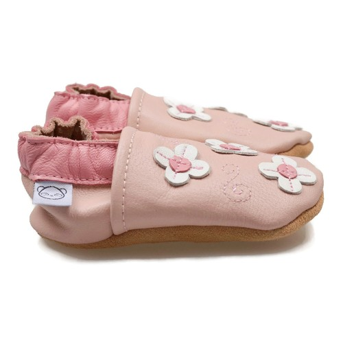 pink-shoes-with-small-flowers-2